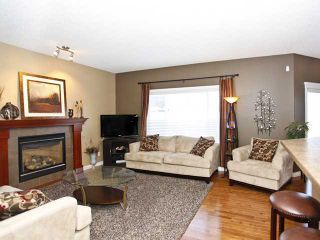 Photo 3: 96 EVANSPARK Circle NW in CALGARY: Evanston Residential Detached Single Family for sale (Calgary)  : MLS®# C3547382