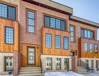 Main Photo: 305 81 Greenbriar Place NW in Calgary: Greenwood/Greenbriar Row/Townhouse for sale : MLS®# A1078589
