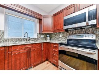 """Photo 12: 25 18939 65 Avenue in Surrey: Cloverdale BC Townhouse for sale in """"Glenwood Gardens"""" (Cloverdale)  : MLS®# F1426734"""