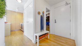 "Photo 2: 1705 565 SMITHE Street in Vancouver: Downtown VW Condo for sale in ""VITA"" (Vancouver West)  : MLS®# R2562463"