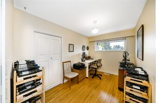 Photo 21: 933 KINSAC Street in Coquitlam: Coquitlam West House for sale : MLS®# R2518051