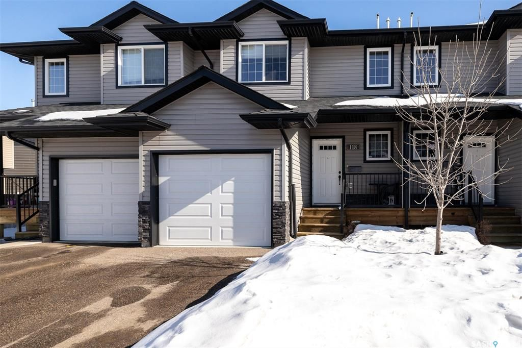 Main Photo: 118 901 4th Street South in Martensville: Residential for sale : MLS®# SK843180