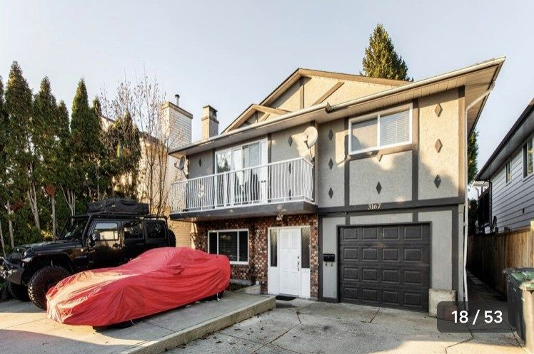 Main Photo: 3167 DUNKIRK Avenue in Coquitlam: New Horizons House for sale : MLS®# R2507402