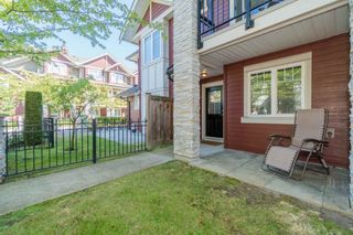 "Photo 1: 21 6188 BIRCH Street in Richmond: McLennan North Townhouse for sale in ""BRANDY WINE LANE"" : MLS®# R2201477"
