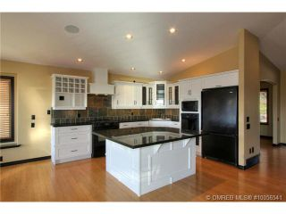 Photo 6: 624 Denali Drive in Kelowna: Residential Detached for sale : MLS®# 10056541