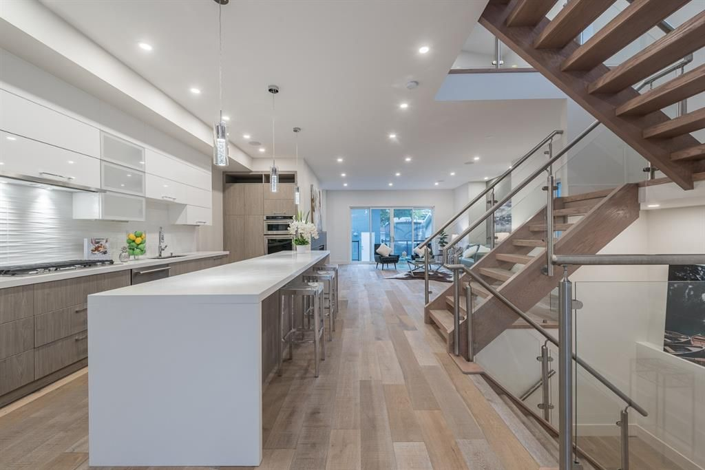 Photo 10: Photos: 531 36 Street SW in Calgary: Spruce Cliff Detached for sale : MLS®# A1041454