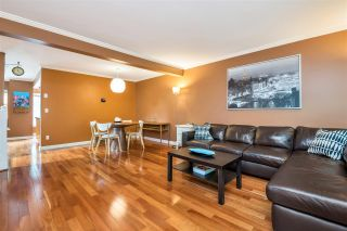 """Photo 8: 9279 GOLDHURST Terrace in Burnaby: Forest Hills BN Townhouse for sale in """"Copper Hill"""" (Burnaby North)  : MLS®# R2466536"""