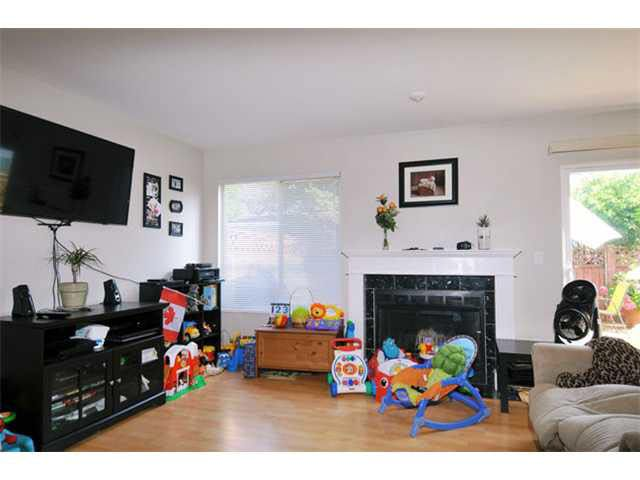 Photo 5: Photos: 128 11255 HARRISON Street in Maple Ridge: East Central Townhouse for sale : MLS®# V1079584