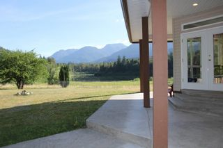 Photo 8: 25330 TRANS CANADA Highway in Yale: Yale - Dogwood Valley House for sale (Hope)  : MLS®# R2487134