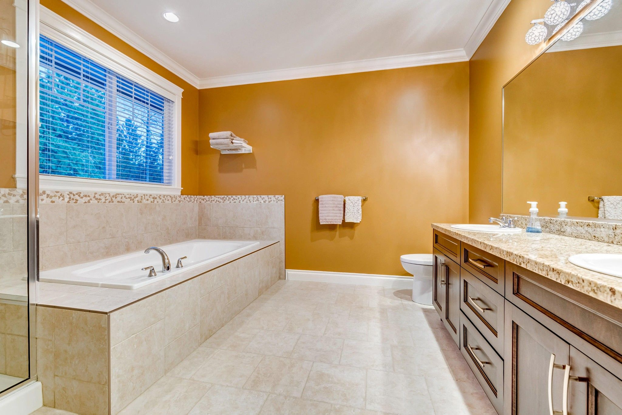 Photo 12: Photos: 16 13210 SHOESMITH CRESCENT in Maple Ridge: Silver Valley House for sale : MLS®# R2448043