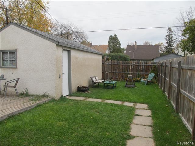 Photo 3: Photos:  in WINNIPEG: East Kildonan Residential for sale (North East Winnipeg)  : MLS®# 1527624