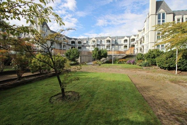 """Main Photo: 309 98 LAVAL Street in Coquitlam: Maillardville Condo for sale in """"Le Chateau II"""" : MLS®# R2209020"""