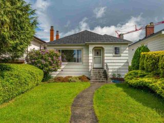 Photo 1: 85 W 26TH Avenue in Vancouver: Cambie House for sale (Vancouver West)  : MLS®# R2586516