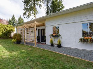 Photo 34: 532 BAMBRICK PLACE in COMOX: CV Comox (Town of) House for sale (Comox Valley)  : MLS®# 800011