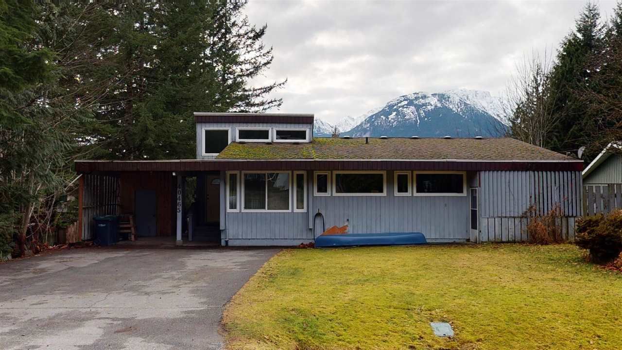 Main Photo: 40465 FRIEDEL Crescent in Squamish: Garibaldi Highlands House for sale : MLS®# R2529321