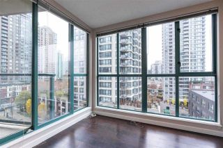 """Photo 6: 804 939 HOMER Street in Vancouver: Yaletown Condo for sale in """"THE PINNACLE"""" (Vancouver West)  : MLS®# R2581957"""