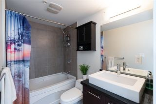 """Photo 25: PH10 1288 CHESTERFIELD Avenue in North Vancouver: Central Lonsdale Condo for sale in """"Alina"""" : MLS®# R2479203"""