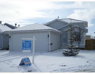 Photo 1:  in CALGARY: Applewood Residential Detached Single Family for sale (Calgary)  : MLS®# C3254303