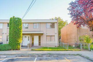"Photo 4: 17 27090 32 Avenue in Langley: Aldergrove Langley Townhouse for sale in ""Alderwood Manor"" : MLS®# R2614530"
