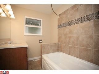 """Photo 9: 4370 204TH Street in Langley: Brookswood Langley House for sale in """"Brookswood"""" : MLS®# F1206281"""