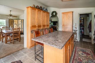 Photo 8: RAMONA House for sale : 3 bedrooms : 532 Pile St