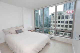 """Photo 2: 2505 1200 W GEORGIA Street in Vancouver: West End VW Condo for sale in """"Residence on Georgia"""" (Vancouver West)  : MLS®# R2613256"""