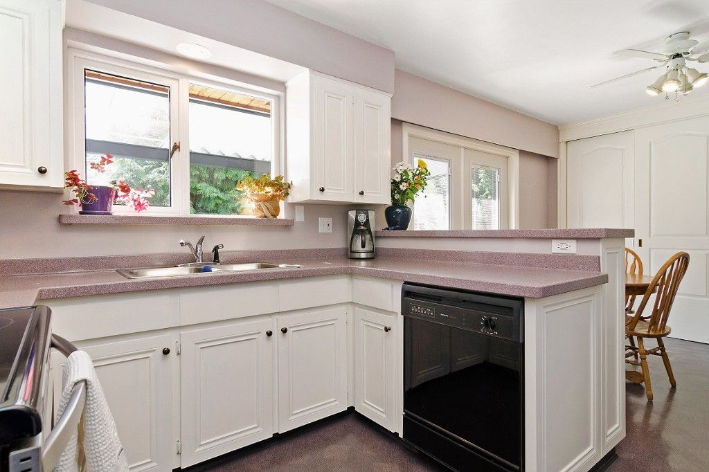 Photo 2: Photos: 4021 RUBY Avenue in North Vancouver: Edgemont House for sale : MLS®# V1116224