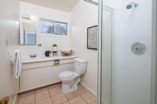 Photo 20: CLAIREMONT House for sale : 4 bedrooms : 5003 Mount Harris Dr in San Diego