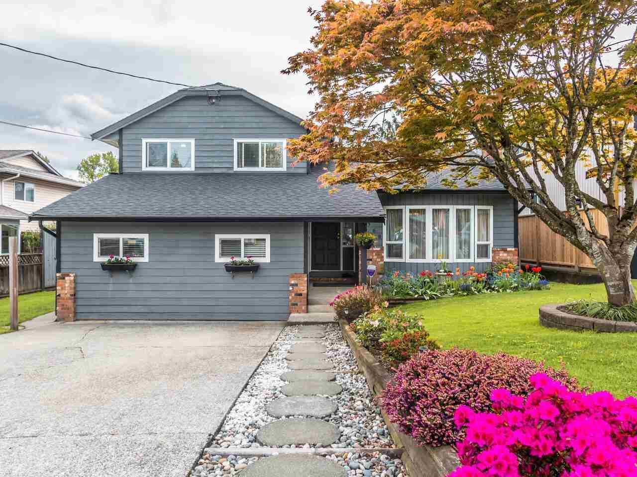 Main Photo: 3368 271A Street in Langley: Aldergrove Langley House for sale : MLS®# R2576888
