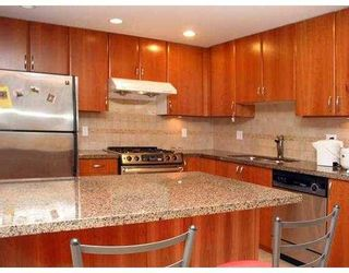 Photo 4: 1441 W 7TH AV in Vancouver: Fairview VW Townhouse for sale (Vancouver West)  : MLS®# V598458