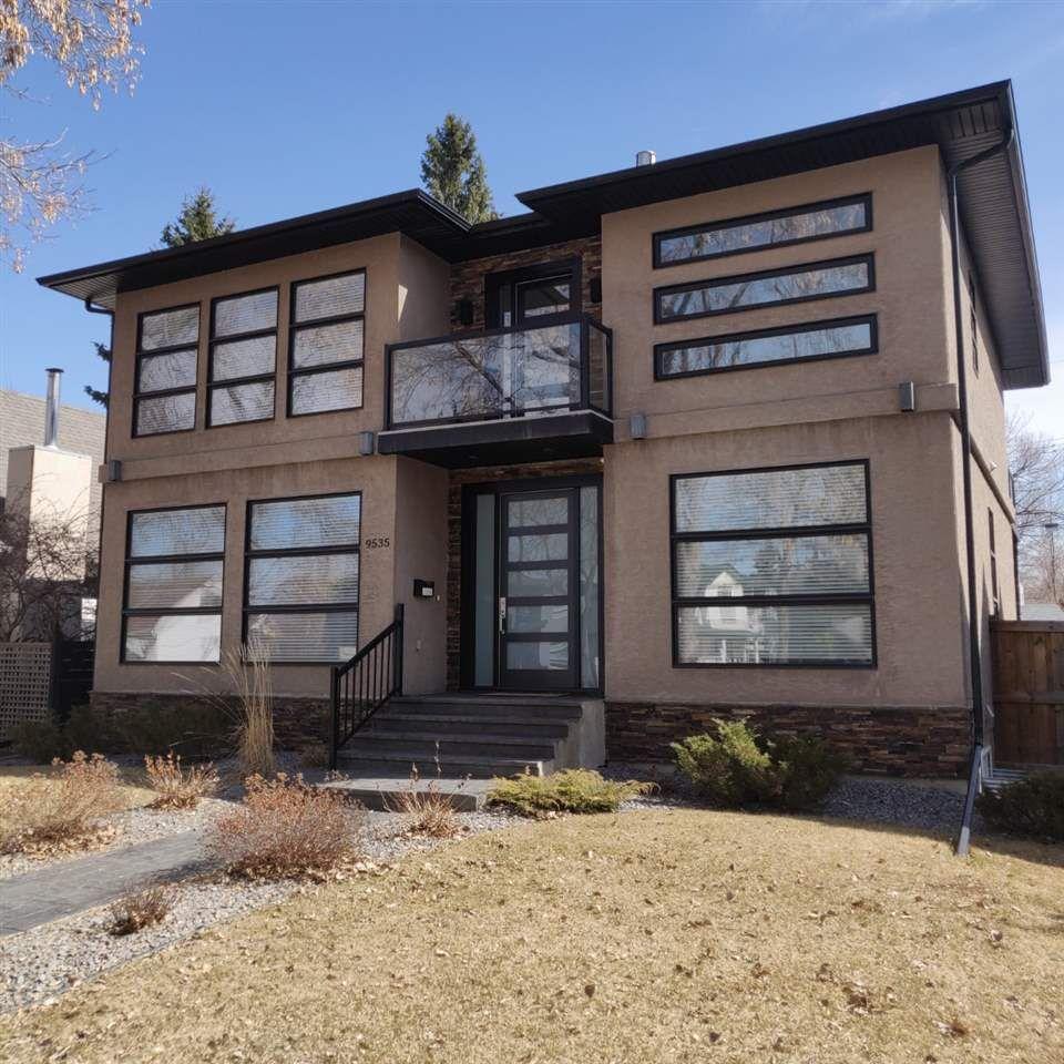Main Photo: 9535 92 Street in Edmonton: Zone 18 House for sale : MLS®# E4240441