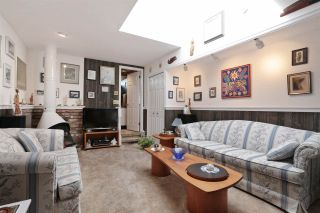 Photo 14: 2412 LARSON Road in North Vancouver: Central Lonsdale House for sale : MLS®# R2158525