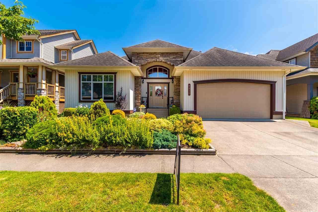 "Main Photo: 6820 SHEFFIELD Way in Chilliwack: Sardis East Vedder Rd House for sale in ""Sardis"" (Sardis)  : MLS®# R2474457"