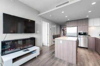 """Photo 7: 2305 680 SEYLYNN Crescent in North Vancouver: Lynnmour Condo for sale in """"Compass"""" : MLS®# R2409180"""