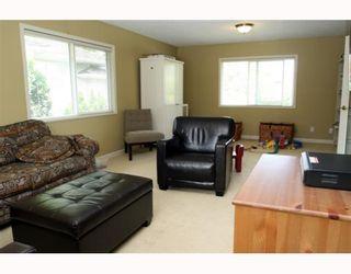 "Photo 5: 5285 11TH Avenue in Tsawwassen: Tsawwassen Central House for sale in ""Tsawwassen Central"" : MLS®# V769752"