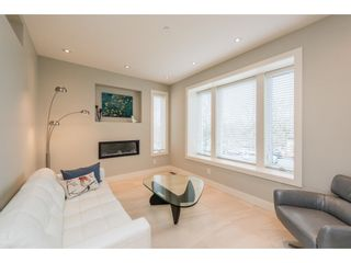 Photo 3: 2646 E 5TH Avenue in Vancouver: Renfrew VE House for sale (Vancouver East)  : MLS®# R2232613