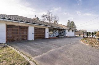 Photo 1: 34276 OLD YALE Road in Abbotsford: Central Abbotsford House for sale : MLS®# R2536613