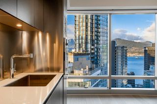 """Photo 9: 2906 1151 W GEORGIA Street in Vancouver: Coal Harbour Condo for sale in """"Trump International Hotel and Tower Vancouver"""" (Vancouver West)  : MLS®# R2543391"""