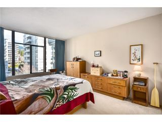 """Photo 5: 502 1480 DUCHESS Avenue in West Vancouver: Ambleside Condo for sale in """"WESTERLIES"""" : MLS®# V1029717"""