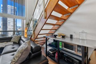 """Photo 8: 1213 933 SEYMOUR Street in Vancouver: Downtown VW Condo for sale in """"The Spot"""" (Vancouver West)  : MLS®# R2572582"""