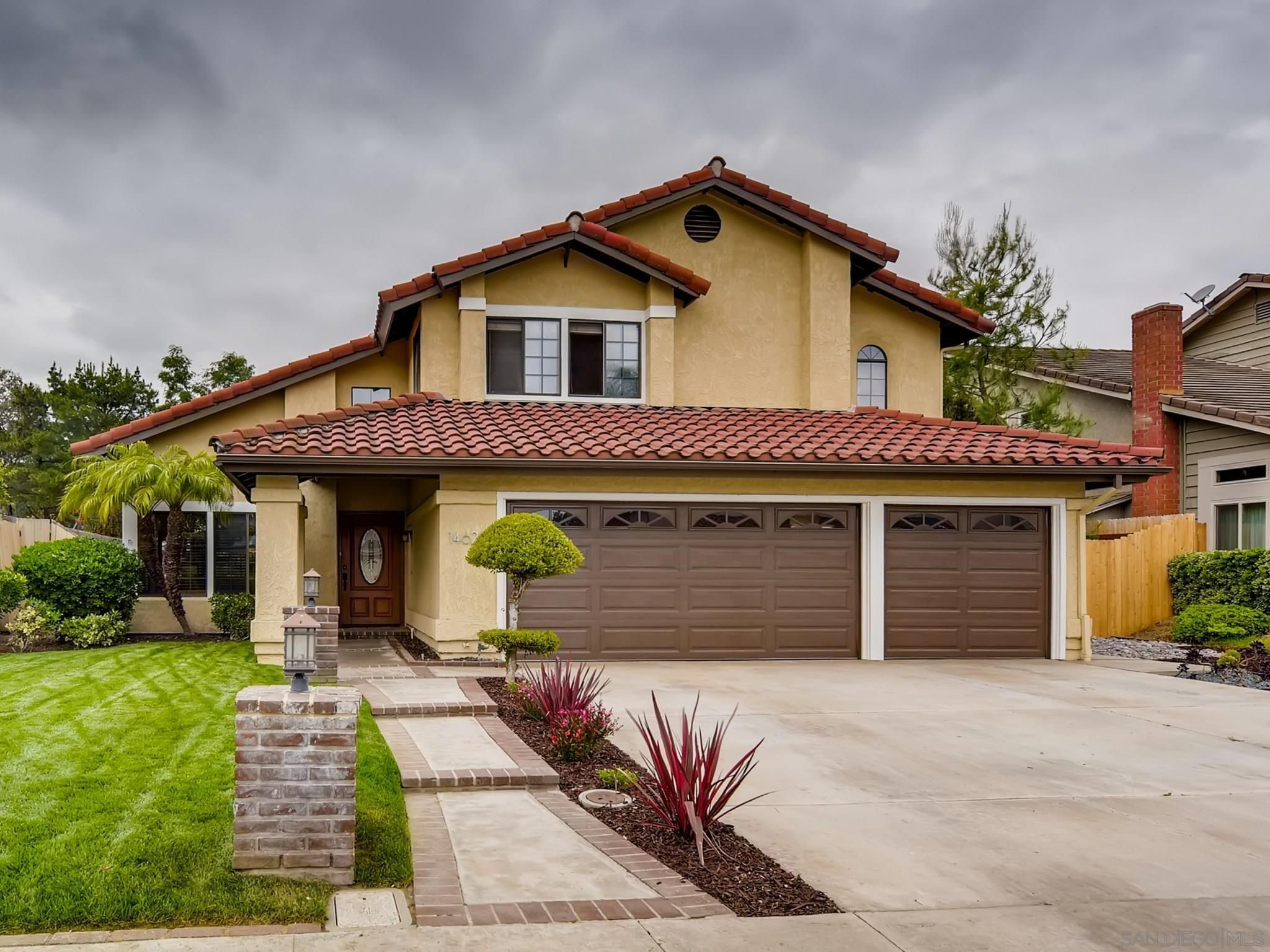 Main Photo: POWAY House for sale : 4 bedrooms : 14626 Silverset St