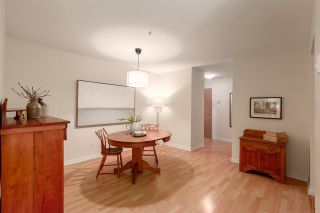 """Photo 6: 202 2181 W 12TH Avenue in Vancouver: Kitsilano Condo for sale in """"The Carlings"""" (Vancouver West)  : MLS®# R2579636"""