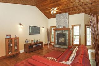 Photo 4: 33 KLIEWER Drive in Kleefeld: R16 Residential for sale : MLS®# 202000499