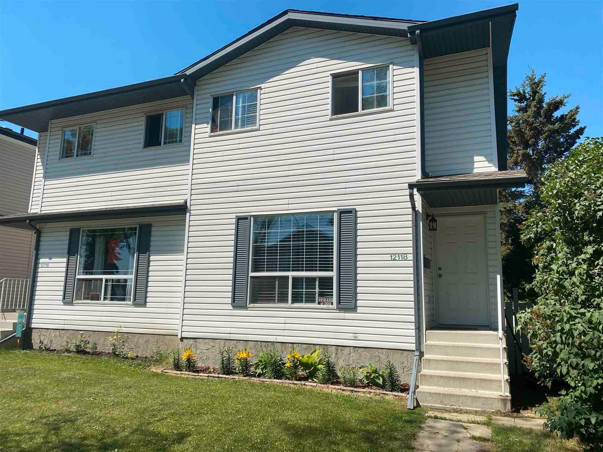 Main Photo: 12118 122 Street NW in Edmonton: Zone 04 House Half Duplex for sale : MLS®# E4257803