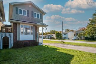 Photo 2: 17 Governors Lake Drive in Timberlea: 40-Timberlea, Prospect, St. Margaret`S Bay Residential for sale (Halifax-Dartmouth)  : MLS®# 202125717