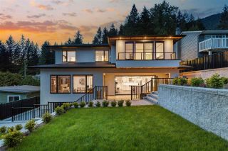 Photo 2: 895 PROSPECT Avenue in North Vancouver: Canyon Heights NV House for sale : MLS®# R2580632
