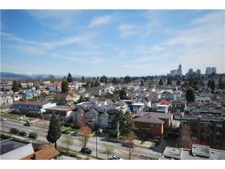 Photo 3: 1201 3489 ASCOT Place in Vancouver: Collingwood VE Condo for sale (Vancouver East)  : MLS®# R2381769