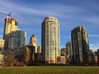 "Photo 28: 1506 388 DRAKE Street in Vancouver: Yaletown Condo for sale in ""GOVERNOR'S TOWER"" (Vancouver West)  : MLS®# R2542186"