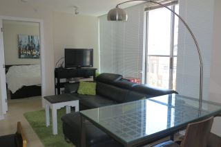 Photo 2: 609 633 ABBOTT STREET in Vancouver: Downtown VW Condo for sale (Vancouver West)  : MLS®# R2302140