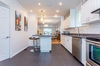 Photo 9: 979 W 17TH Avenue in Vancouver: Cambie House for sale (Vancouver West)  : MLS®# R2053997